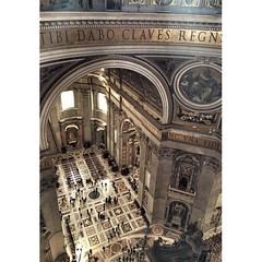 BASILICA DI SAN PIETRO | VATICANO | ROMA | 2016 (Leo210321) Tags: instagramapp square squareformat iphoneography uploaded:by=instagram viviroma igroma igersroma travel travellife travelling travelontheword colors vatican vaticano basilicadisanpietro sanpietro architecture archilovers architecturelovers
