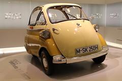 BMW Isetta 250 Standard (just.Luc) Tags: bmw isetta bayern bavaria bavière munich münchen museum musée museo car auto voiture yellow geel gelb jaune amarillo allemagne duitsland deutschland germany