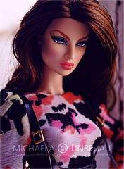 Eugenia (Michaela Unbehau Photography) Tags: integrity toys eugenia perrin point departure 2011 jet set conventon dress vjhon vincent jhon fashion royalty fr fr2 michaela unbehau fashiondoll doll dolls toy photography