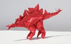 Origami Stegosaurus (Tankoda) Tags: origami stegosaurus red white paper art dinosaur jurassic fumiaki kawahata tissue foil 17 inch travis nolan