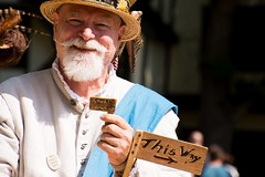 The barber surgeon has some directions for you (Pahz) Tags: barbersurgeon gsmbristol bristolrenaissancefaire2017 bristolrenaissancefaire renfaire renfest renaissancefaire renaissancefairephotographer nikond7200 nikonshooter tamron16300mm pattysmithbrf