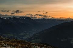 Valle Aurina alla fine della notte (cesco.pb) Tags: valleaurina speikboden dawn alba sunrise alps alpi altoadige sudtirol zillertaleralp italia italy montagna mountains tamronsp1750mmf28xrdiiivcld canon canoneos60d