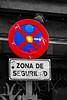 ... Visiones de MADrid ... (Lanpernas .) Tags: starwars laguerradelasgalaxias madrid señal intervención streetart pop friki frikada cinematic popart