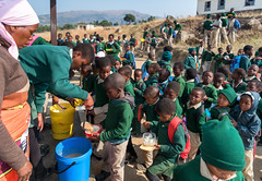 Swazil School Lunchtime (Packing-Light) Tags: princesimonelementaryschool children learning education africa swaziland sz food lunch pap siphocosini hhohhoregion