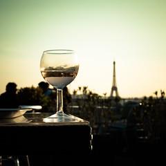 Paris (Zeeyolq Photography) Tags: eiffeltower france paris wine îledefrance fr