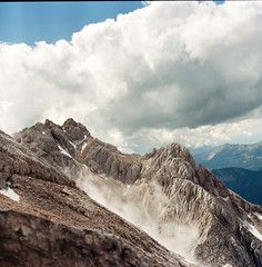 Grintovec 2558m, Slovenia (Boldizsar Nadi) Tags: filmphotography photography 120film analog originalphotography pentacon six tl carl zeiss jena biometar f28 80mm new kodak portra 400 roll mediumformat 6x6 squareformat square mittelformat scan scanned grintovec alps slovenia film filmisnotdead filmgrain analogcamera analogphotography analogue analogphotohrapher negative negativephotography negativecamera peak saddle summit climbing mountains summer adventure landscape cloud cloudy horizon exploring outdoor scape mountaineering hiking trails