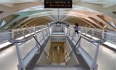 Estación de Alameda (leuntje) Tags: valencia spain espagne turia alameda metro subwaystation station architecture calatrava santiagocalatrava turiariver