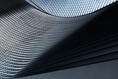 Dach (tan.ja1212) Tags: dach roof architektur architecture bahnhof station linien lines fenster windows