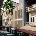 Thiết kế nhà phố 4 tầng nổi bật với kiến trúc vùng nhiệt đới thumbnail