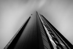 ARAG Group Headquarter Düsseldorf (Werner Thorenz) Tags: hightower tower hochhaus blackwhite bw schwarzweiss düsseldorf sky himmel langzeitbelichtung longexposure nachtfotografie nightshot night