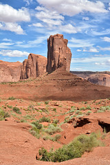 The Elephant Butte (<e.cel8>) Tags: monumentvalley utah desert sandstone west theelephantbutte