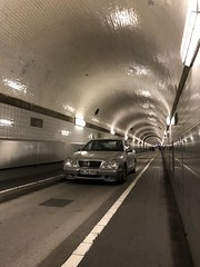 (emed0s) Tags: tunnel car mercedes old tiles