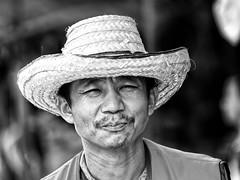 Bangkok - Man (sharko333) Tags: travel reise voyage asia asien asie thailand bangkok krungthepmahanakhon กรุงเทพฯ street people man olympus em1 bw
