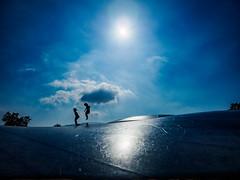 PhoTones Works #9089 (TAKUMA KIMURA) Tags: photones olympus air a01 takuma kimura 木村 琢磨 landscape nature 風景 景色 自然 solar silhouettes humanities kids kagawa mangan park 太陽 シルエット 人 人影 子供 香川 まんのう公園
