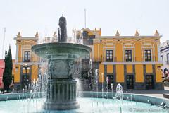 Teatro Principal de Puebla (takashi_matsumura) Tags: teatro principal de puebla zaragoza ngc mexico nikon d5300 architecture fountain fuente sigma 1750mm f28 ex dc os hsm