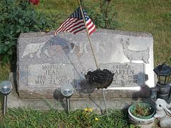 Headstone - Warren Harvey Vick and Jean Elizabeth Dymond