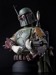 Boba Fett | Mini Bust | Gentle Giant (leadin2) Tags: 35mm 2017 canon eos m6 canonefs35mmf28macroisstm efs f28 macro is stm gentlegiant gentle giant boba fett star wars return jedi sdcc 2013 exclusive deluxe minibust mini bust