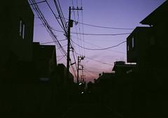自由が丘サンセット (Hisa Foto) Tags: film alley sunset olympus tokyo halfframe halfcamera olympuspen