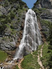 Buchauer Wasserfall (reuas ogni) Tags: achensee tirol wasserfall olympus zuiko isoz waterfall gebirge alpen berge mountains alps wasser water landscape landschaft