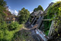 Es grünt so grün ... (Foto_Fix_Automat) Tags: urbanexploring abandoned heilstätte hdr sanatorium marode verlassen vergessen grün