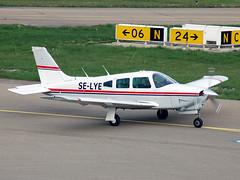 SE-LYE Piper Pa-28 Cherokee Arrow III (johnyates2011) Tags: friedrichshafen selye piper pa28 cherokeearrow piperpa28 piperpa28cherokeearrow aerofriedrichshafen
