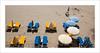 Bleu et jaune (P@ti16) Tags: canon1022mm canon70d charentemaritime france foncillon royan bleu jaune parasol plage sable été