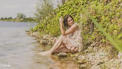 Hanna (carla_hauptmann) Tags: shooting sony a99 35mm badesee wassershooting würzburg hörblach girl mädchen brownhair dress outside outdoor outdoorshooting