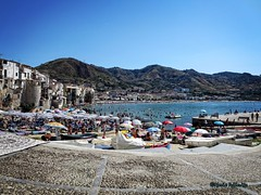 Summer in Cefalù... (Mario Pellerito) Tags: canon ixus 255hs sicilia sicily sicilie sizilien palermo cefalù mare estate summer panorama landscape mariopellerito unesco