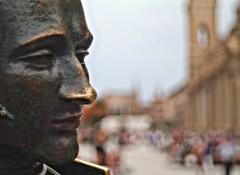 Plaza del Pilar, monumento a Goya. Zaragoza. (joseange) Tags: aragón españa zaragoza plazapilar bokeh