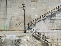 Les rives de la Seine (Shahrazad26) Tags: oevers rives banks ufer stairs trap escalier treppen seine paris parijs france frankrijk frankreich
