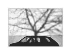 Villava. 1999 (José Luis Cosme Giral) Tags: villava1999 moments bw wall shadows scanned nikon fm2 navarra minimalism