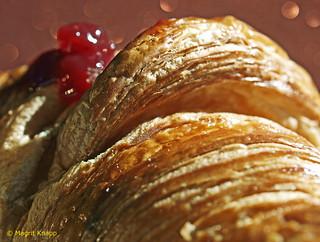 HMM Croissant a reminder of my French ancestors HMM Croissant eine Erinnerung an meine französischen Vorfahren