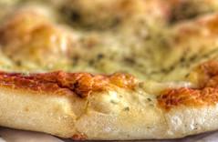 LA BUONA CROSTA (FRANCO600D) Tags: pizza pasta pane impasto cibo crosta gastronomia tradizione napoli macro bread pizzanapoletana pomodoro salsa canon eos600d franco600d macromondays macromondaystheme hmm