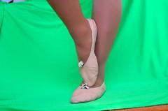 Piškoty a sedmikrásky (027) (Merman cvičky) Tags: balletslippers ballettschläppchen ballet slipper ballerinas slippers schläppchen piškoty cvičky ballettschuhe ballettschuh punčocháče pantyhose strumpfhosen strumpfhose tights collants medias collant socks nylons socken nylon spandex elastan lycra