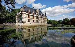 Avec vue d'ensemble ! (*Jost49* (±Off)) Tags: régioncentre valdeloire touraine azaylerideau château castle reflet reflection rivière river indre canoneos5dmkii canonef1635f4lisusm