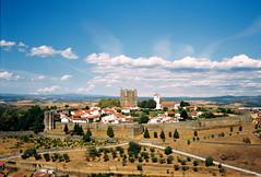 Bragança (rgrant_97) Tags: olympustrip35 olympus fuji film iberia portugal trásosmontes montesinho bragança fronteira riodeonor sky clouds cloudscape castelo castle castillo muralhas murallas
