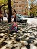 hoje é domingo! (luyunes) Tags: criança brincar brincadeira menina passeio urca bicicleta bike motoz luciayunes sol riodejaneiro domingo