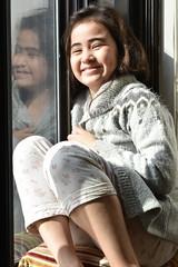 Lili chairascura (juan tan kwon) Tags: sun window lili reflection portrait mannion lazy