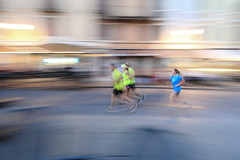 Catch up (No_Mosquito) Tags: running sports motion movement panning speed evening summer city life italia vicenza hot canon powershot g7xmarkii