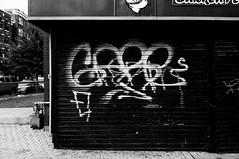 WE SELL GOGO TAPES (SickBen) Tags: gare voyer washingtondc