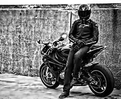 BMW driver (driver Photographer) Tags: 摩托车,皮革,川崎,雅马哈,杜卡迪,本田,艾普瑞利亚,铃木, オートバイ、革、川崎、ヤマハ、ドゥカティ、ホンダ、アプリリア、スズキ、 aprilia cagiva honda kawasaki husqvarna ktm simson suzuki yamaha ducati daytona buell motoguzzi triumph bmv driver motorcycle leathers dainese
