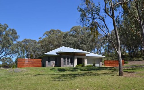 55 Caloola Drive, Inverell NSW 2360