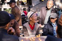 (Marcelo Brando) Tags: 2015 chinatown eua usa novembro outono street autumn nyc newyork newyorkcity manhattan happy happiness laughing laughter joy games