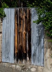 A Vaunavey la Rochette - Drôme (zabou256 aussi sur Ipernity) Tags: drôme architecture murs portes mur porte
