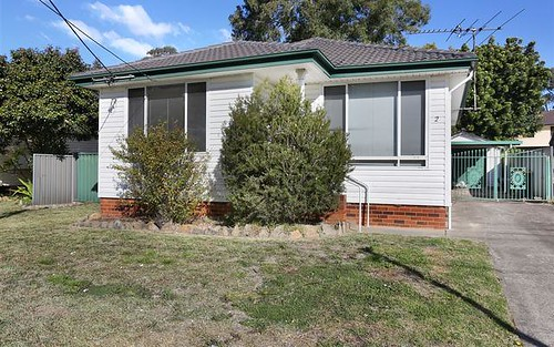 2 Fern Pl, Blacktown NSW 2148