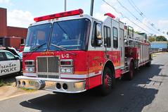 Trenton Fire Department Ladder 2 (Triborough) Tags: nj newjersey mercercounty trenton tfd trentonfiredepartment firetruck fireengine ladder ladder2 simonduplex lti tiller tda