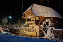 Eismühle (Benni's Fotobude) Tags: ice eis cold kalt mühle mill hofstetten kinzigtal snow schnee haslach schwarzwald blackforest winter night nacht