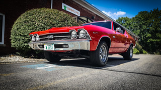 Muscle #1: '69 Chevelle (My sweet pea!)