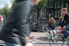 Orange in Amsterdam (B l u e A i r) Tags: amsterdam holland europe travel beauty beautiful girl redhair pelirroja pecas chica mujer woman bonita bike bicicleta puente bridge barrido