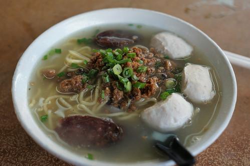 Hakka Pork Ball Noodles